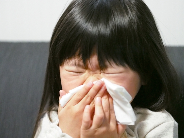 子どもの3割超が花粉症 食物アレルギーも要注意